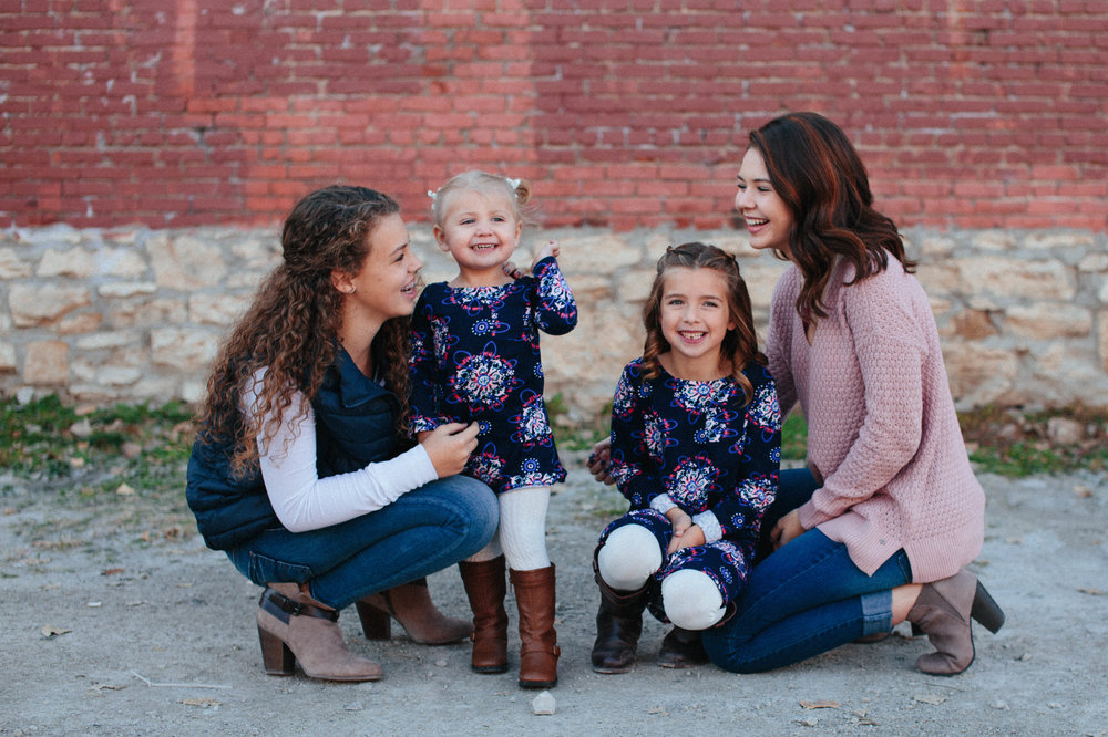 The britt-blevins Family | Hannahill Photography | Kansas City, MO