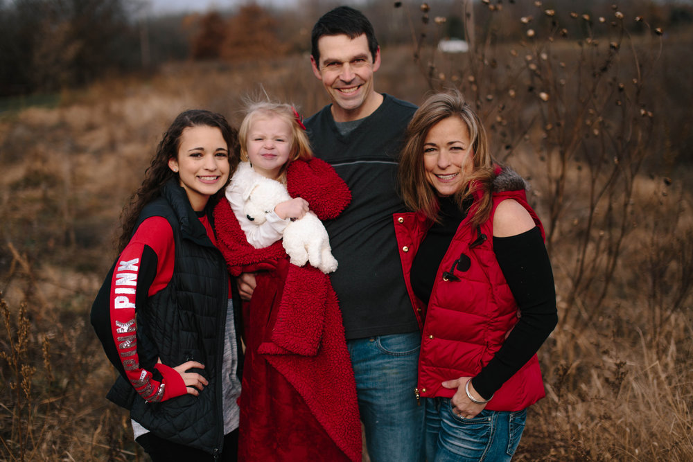 The Day-Slebos Family | Kansas City, MO | Hannahill Photography | A wintery day at Heritage Park