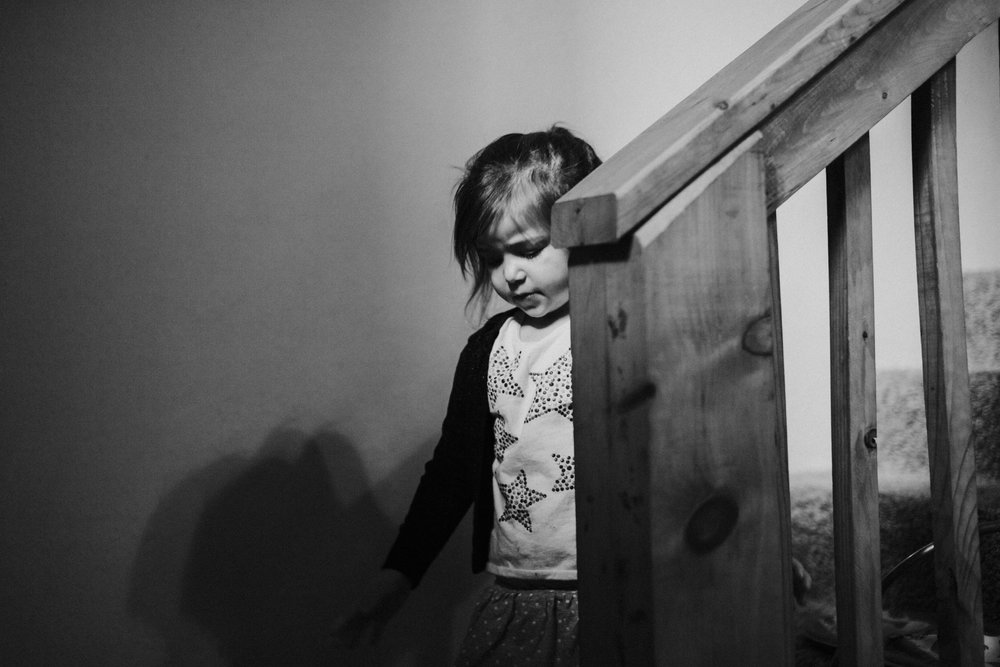 Christmas 2016 | Hannahill Photography | Branson, MO | Documentary Family Photography | a portrait in black and white of my niece on her way