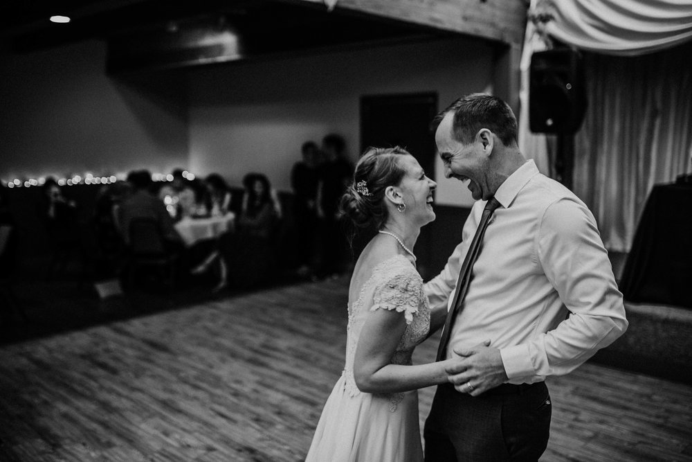Bert & Lauren's North Kansas City Spring Wedding | Hannahill Photography | Raleigh Durham Photographer | North Carolina Wedding Photography | Family Photographer | Wedding photographer | Bride and groom share their first dance in black and white
