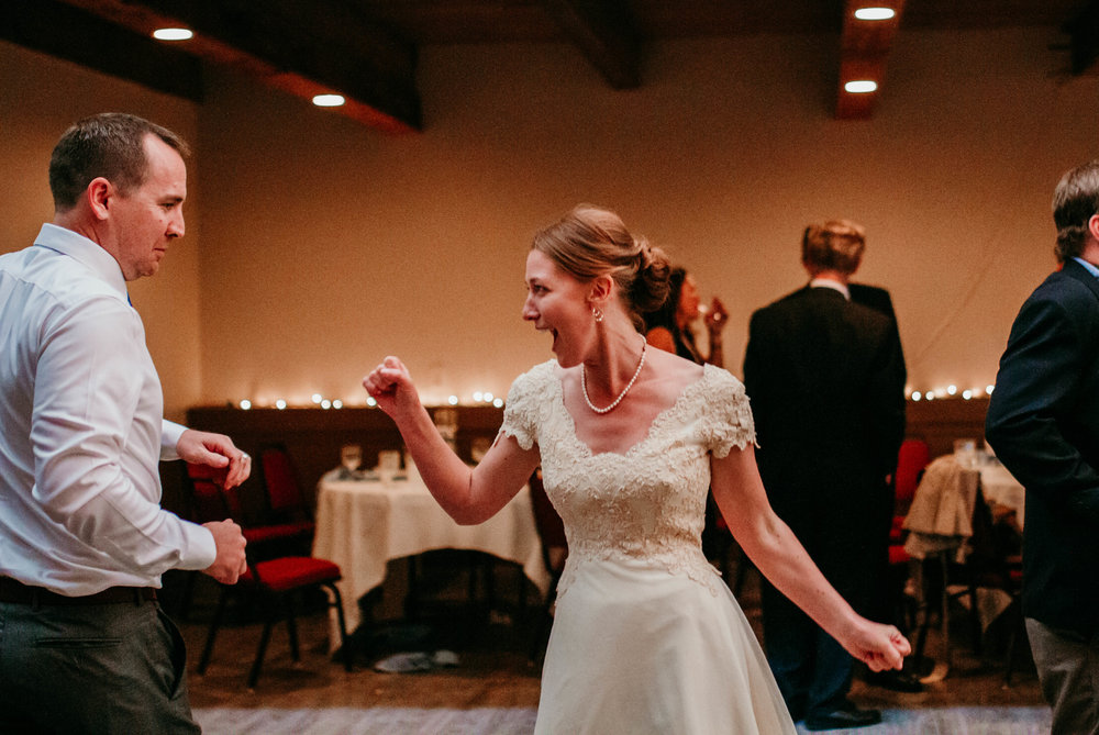 Bert & Lauren's North Kansas City Spring Wedding | Hannahill Photography | Raleigh Durham Photographer | North Carolina Wedding Photography | Family Photographer | Wedding photographer | bride and groom dance the night away