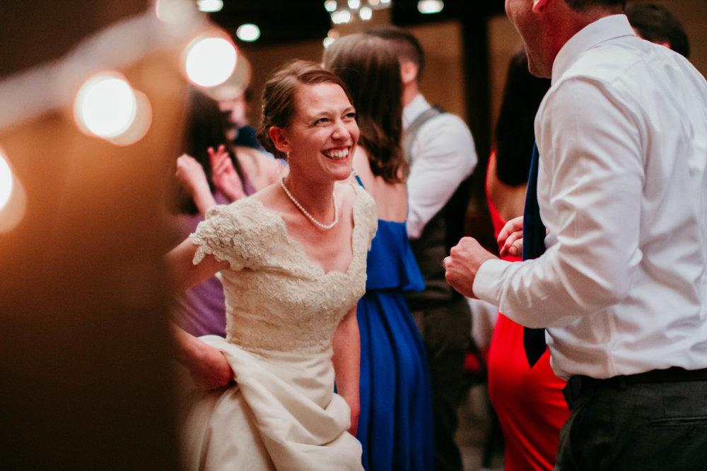 Bert & Lauren's North Kansas City Spring Wedding | Hannahill Photography | Raleigh Durham Photographer | North Carolina Wedding Photography | Family Photographer | Wedding photographer | The bride dances at her reception