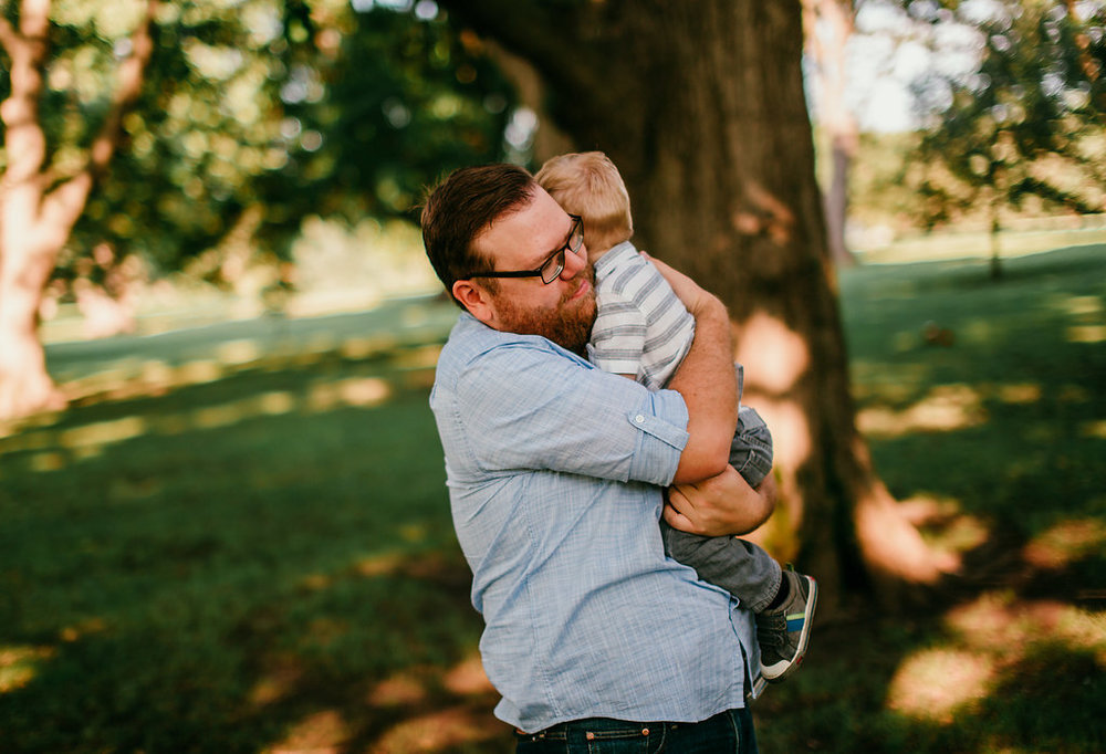 Father and son moment at the park in Loose park | The Hann Family | Hanna Hill Photography | Durham, NC Family photographer