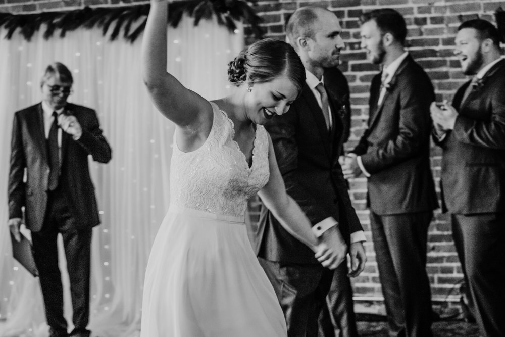 Alex and John's Joplin, MO Wedding | Hanna Hill Photography | Raleigh birth and family photographer