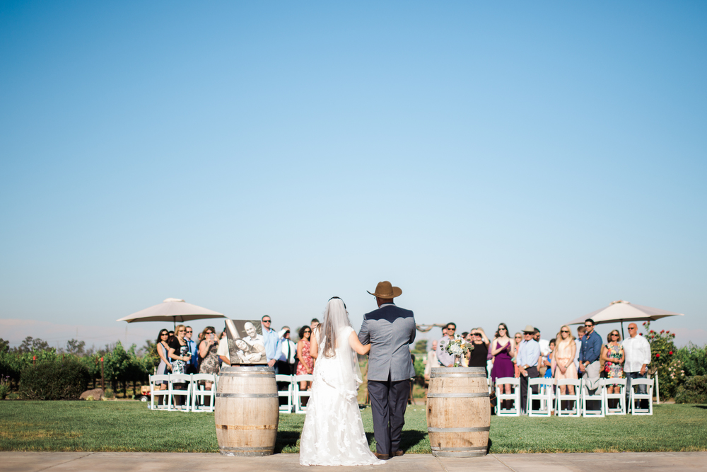 Andrew_and_Michelle_ByronCA_Leer_Vineyards_wedding-60.jpg