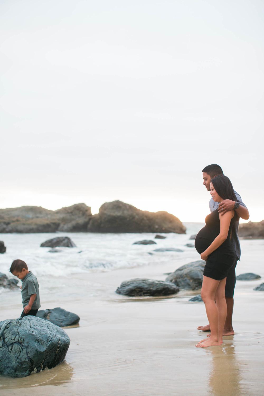 Joy_Maternity_LagunaBeach_BrandonJFerlinPhotography-7.jpg
