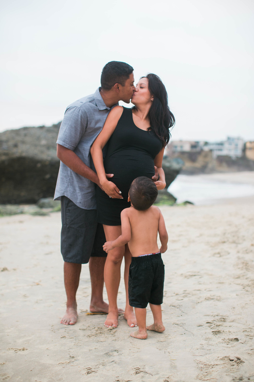 Joy_Maternity_LagunaBeach_BrandonJFerlinPhotography-32.jpg