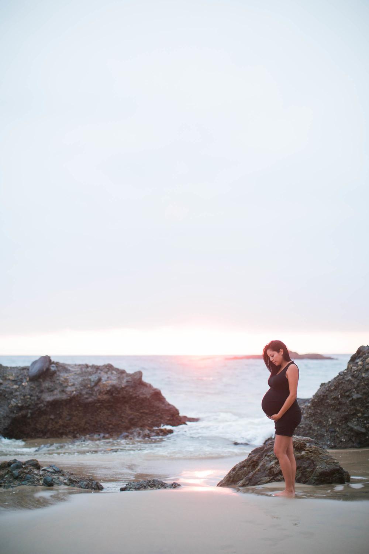 Joy_Maternity_LagunaBeach_BrandonJFerlinPhotography-67.jpg