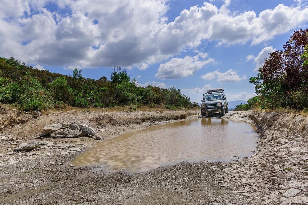 Unterwegs auf Korsika mit Land Rover Discovery 3 und James Baroud Space (C) Robert Manea 09.jpg