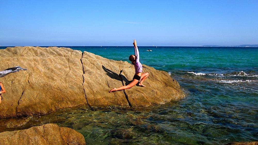 Posture de yoga anjaneyasana
