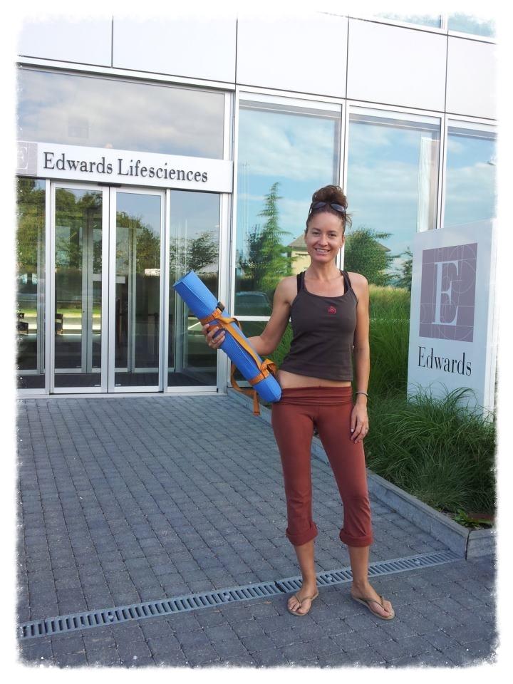 Enseignement de yoga en entreprise, à Nyonen Suisse.