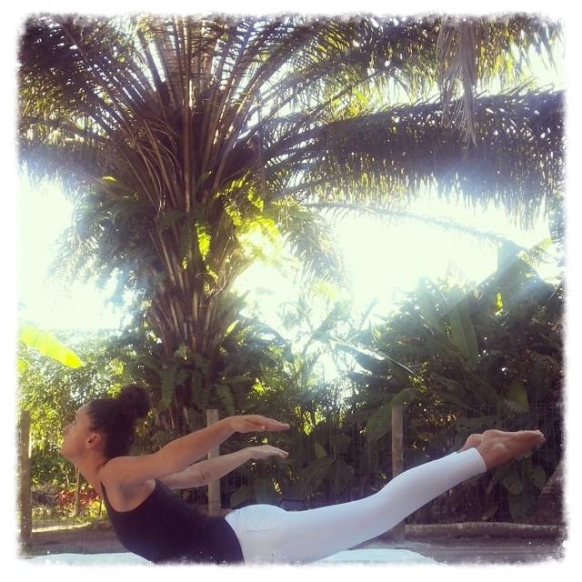 yoga-bahia-bresil.jpg