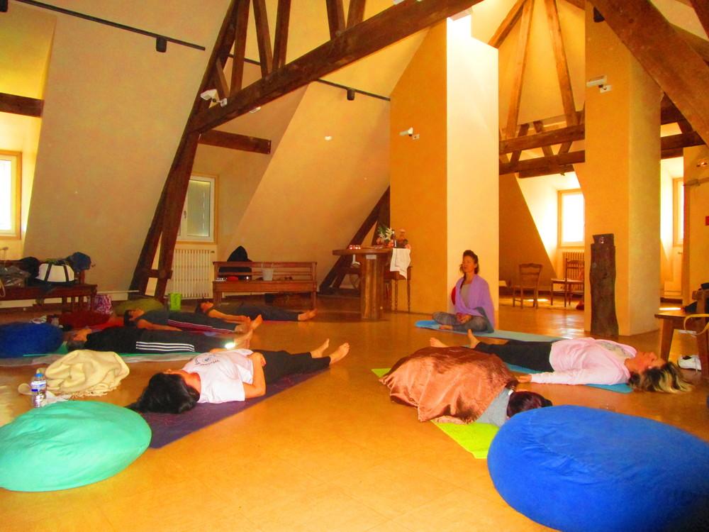 yoga-atelier-savoie.jpg