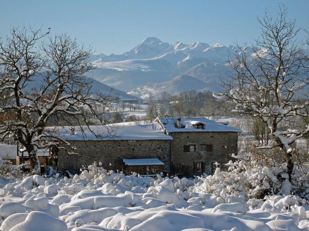 Le gîte sous la neige .jpg