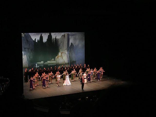 #opera