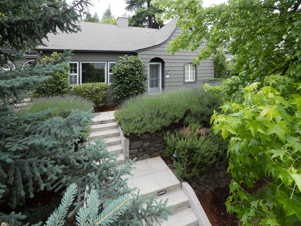 298 Hargadine St., Ashland, OR — click to view gallery