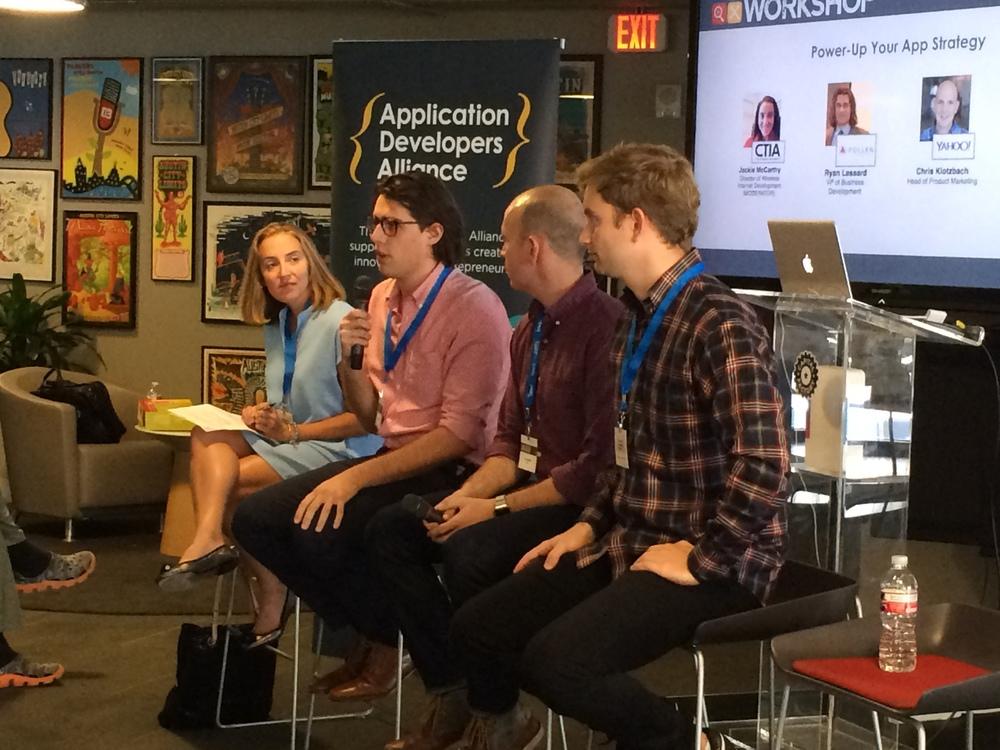 From L to R: Jackie McCarthy (CTIA), Ryan Lessard (Pollen VC), Chris Kloyzbach (Yahoo!), Sam Purtill (Branch Metrics).