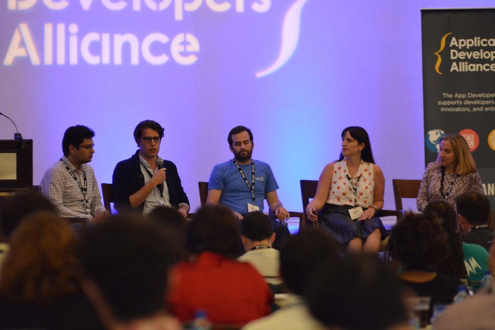 Akash Agarwal, Flurry;Ryan Lessard,Pollen;Will Lindemann, Branch;Michele Webb,Cheetah Mobile;Jackie McCarthy,CTIA (Moderator)