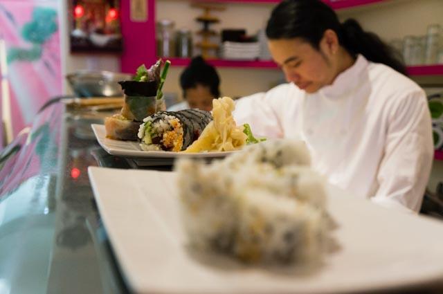 Viet preparing sushi.