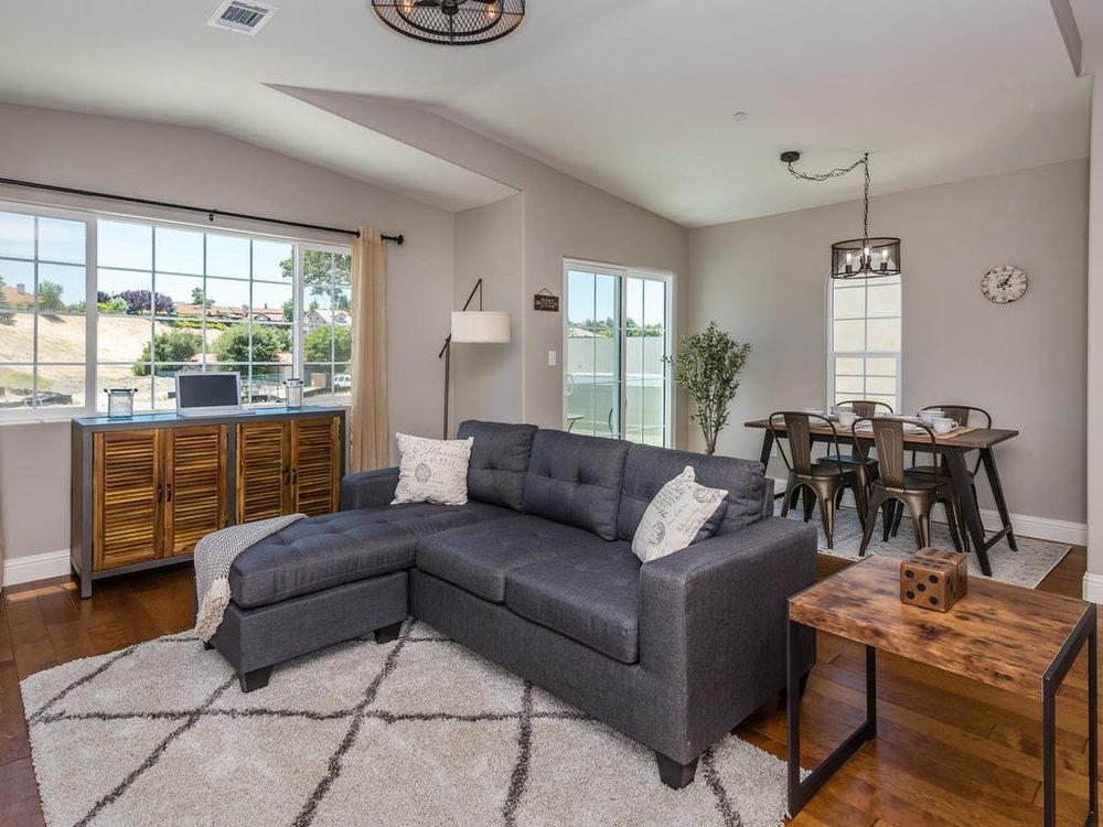 Vineyard Creek Homes-040-13-The Siena-MLS_Size.jpg