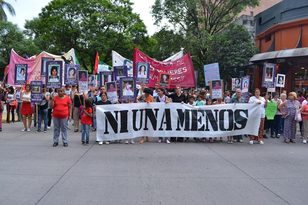 NiUnaMenos_06.jpg