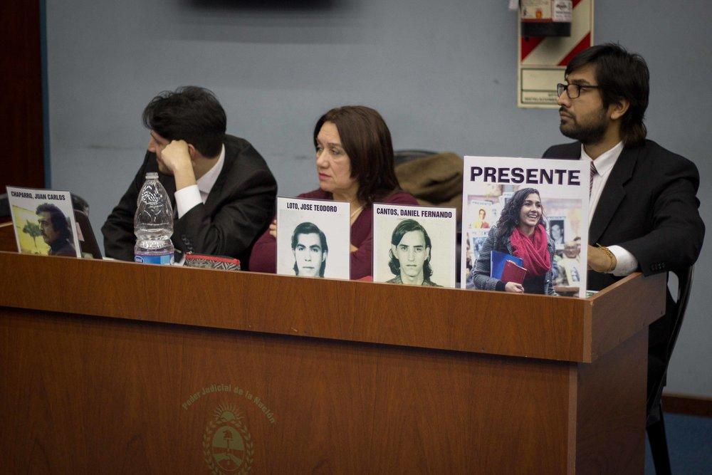 Los abogados Orieta, Lugones y Scrochi | Fotografía de Elena Nicolay