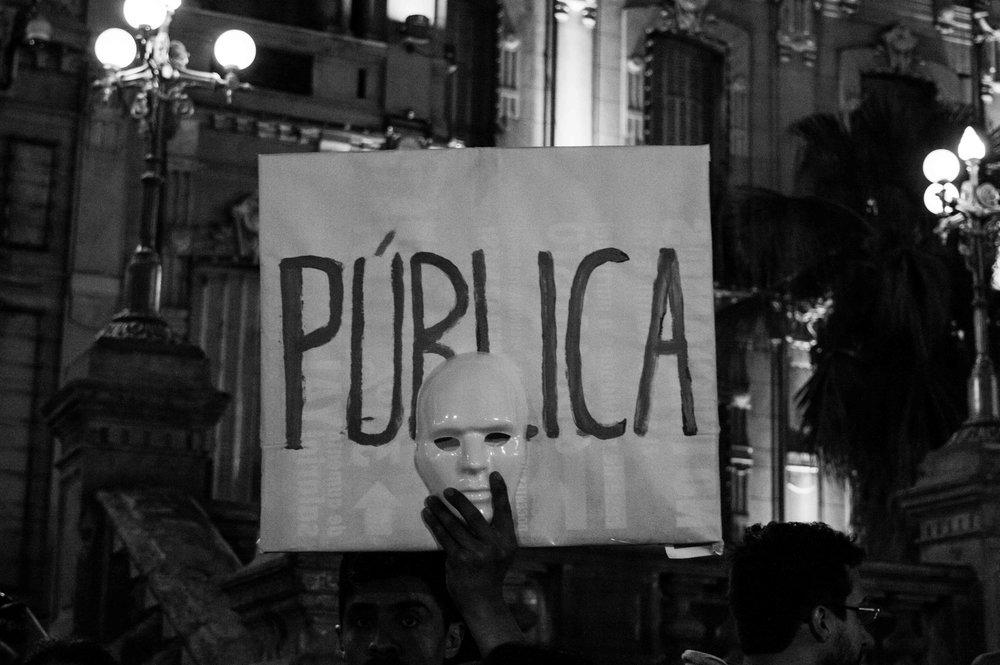 marcha-antorchas-docentes-universitarios-tucuman (15).jpg