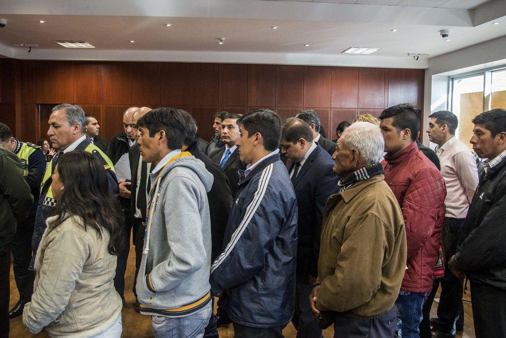 Día de apertura del debate oral. Los testigos ingresan a la sala para dar inicio al juicio. | Foto de Bruno Cerimele (Andhes)
