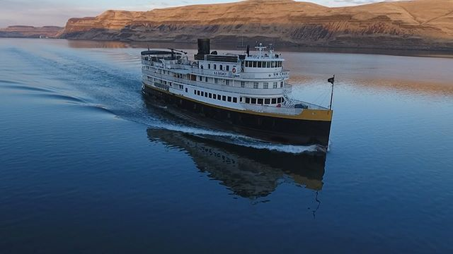 Slicing through the calm Snake River on a production in the Pacific Northwest  @uncruise