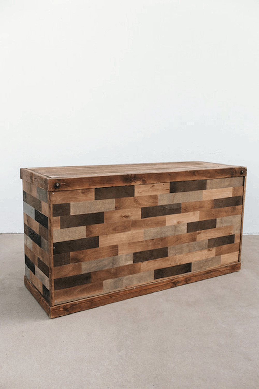 $275 Ombre Wooden Bar 6ft