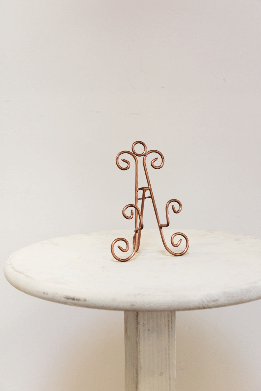 Small Rose Gold Easel $15