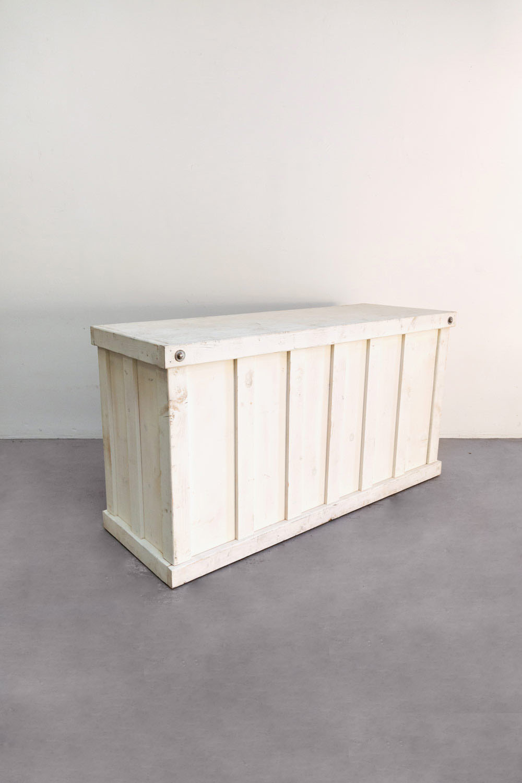 $225 Vintage White Wooden Bar 6ft