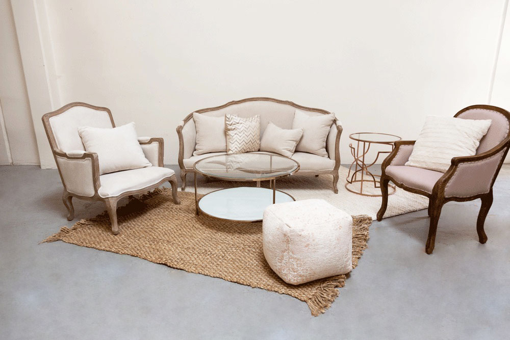 $600 Charlotte Lounge