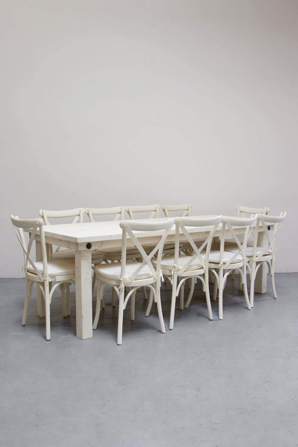 1 Vintage White Farm Table w/ 10 Cross-Back Chairs $160