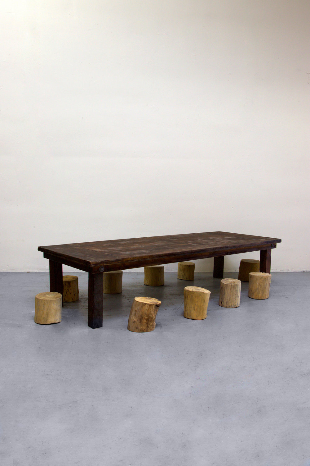 1 Kids Mahogany Farm Table w/ 10 Tree Stumps