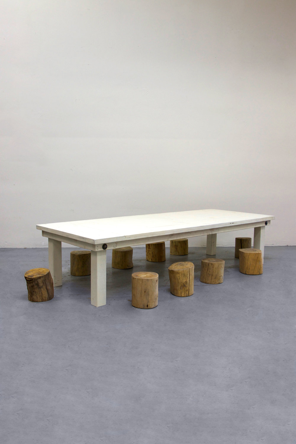 1 Kids Vintage White Farm Table w/ 10 Tree Stumps