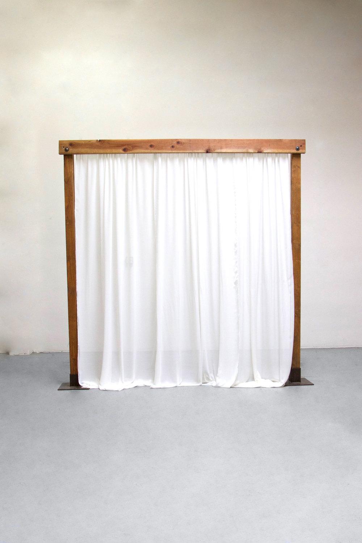 Chiffon Privacy Wall