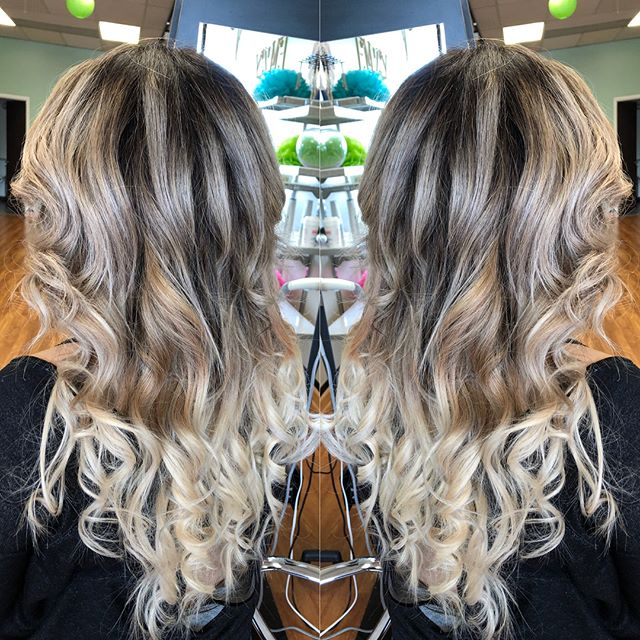 Stunning! Color melt base with micro loop extensions.  #colormelt #microloopextensions #custom #extension #blonde #shadowroot #art #hair #create #haircolor #balyage #foilayage #blend #emzysalonandspa
