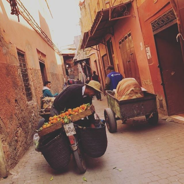 8Days in Marrakech. An incredible eight days of warmth: from the colours in the Medina to the people whose job it was to sell those colours.  What can't be seen, however, is the savoury smell of lemon wood burning. Lit for dinner, the perfume was carried on the same winds that brought the beautiful, haunting call to prayer - the salat al maghrib - as the sun began to set. It was my favourite part of every day.  The link to a few thoughts on my time in the red city (and the rest of this week's missive) in my profile.