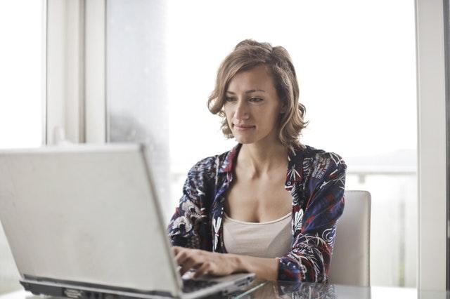 woman at computer 1.jpg