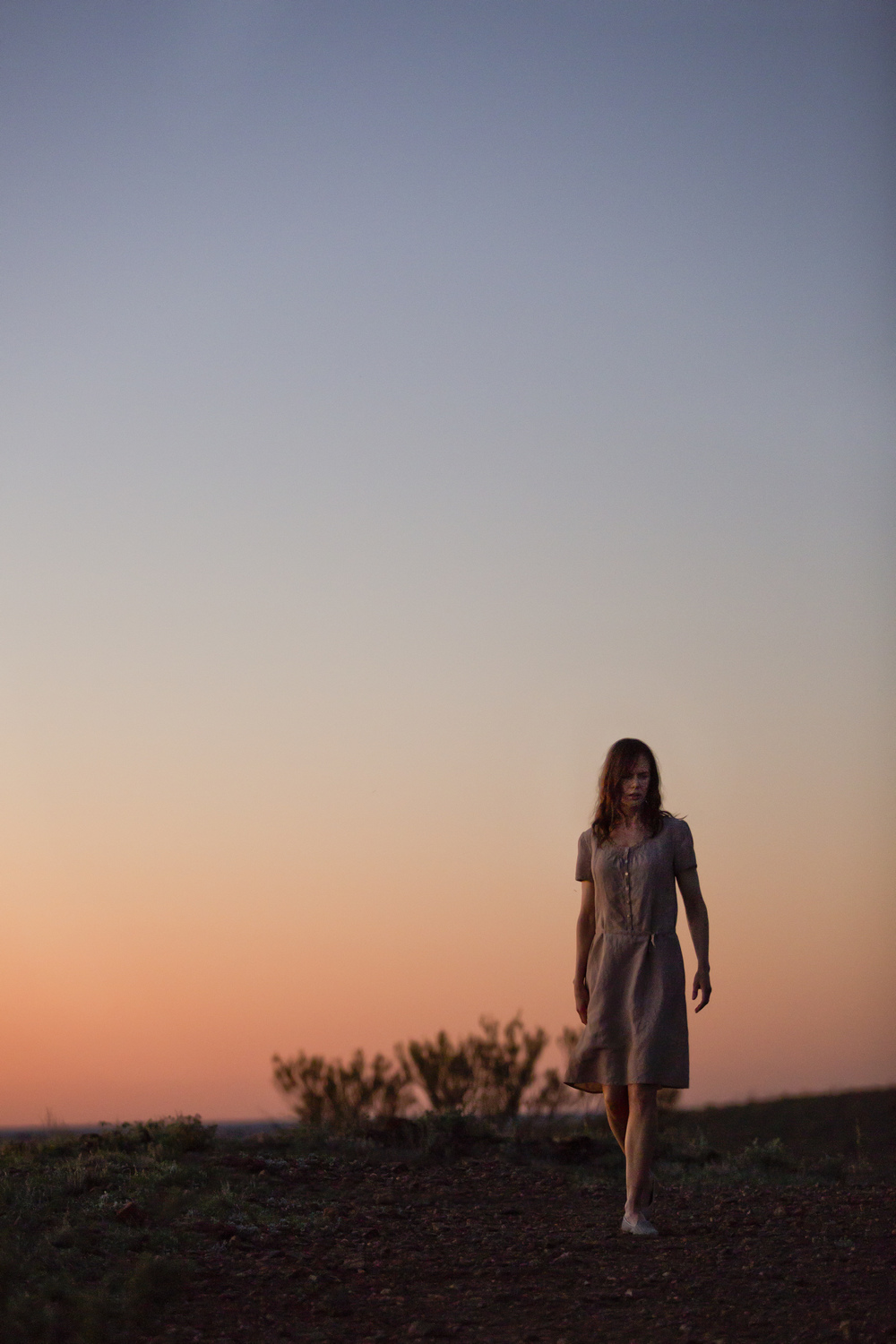 SL1_Catherine Parker (Nicole Kidman)_Walking At Sunset.jpg