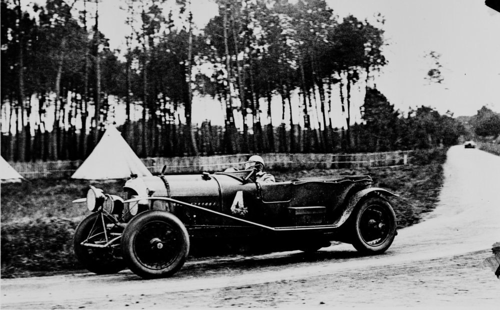 1928 Le Mans the Barnato-Rubin Bentley on its way to win the 24 Hours race.