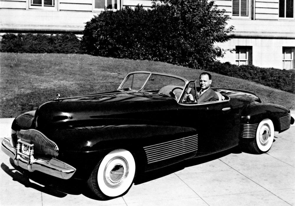 GMDesign 85Anniv Buick Y-Job.jpg