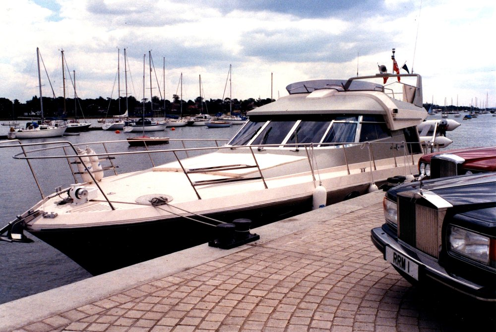Rolls-Royce's 1990s excursions to sea with Riva S.p.A.
