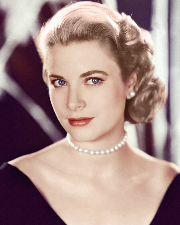 Grace Kelly. SO pretty!!