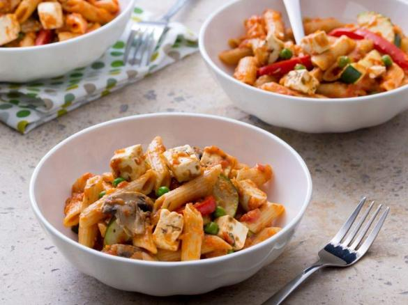 tomato pasta w veg n feta 25min.jpg