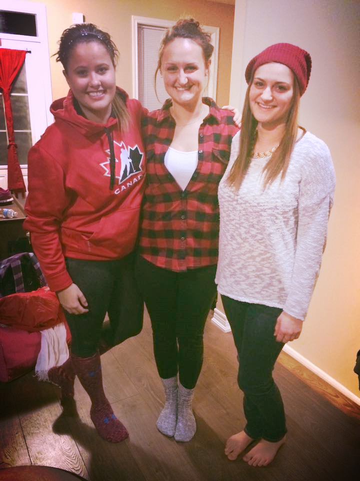Note: The Canadian Hockey hoodie, red plaid, and toque. The Canadian-ness of this photo of my friends was not planned!