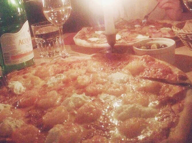 12 Apostel Pizza.JPG