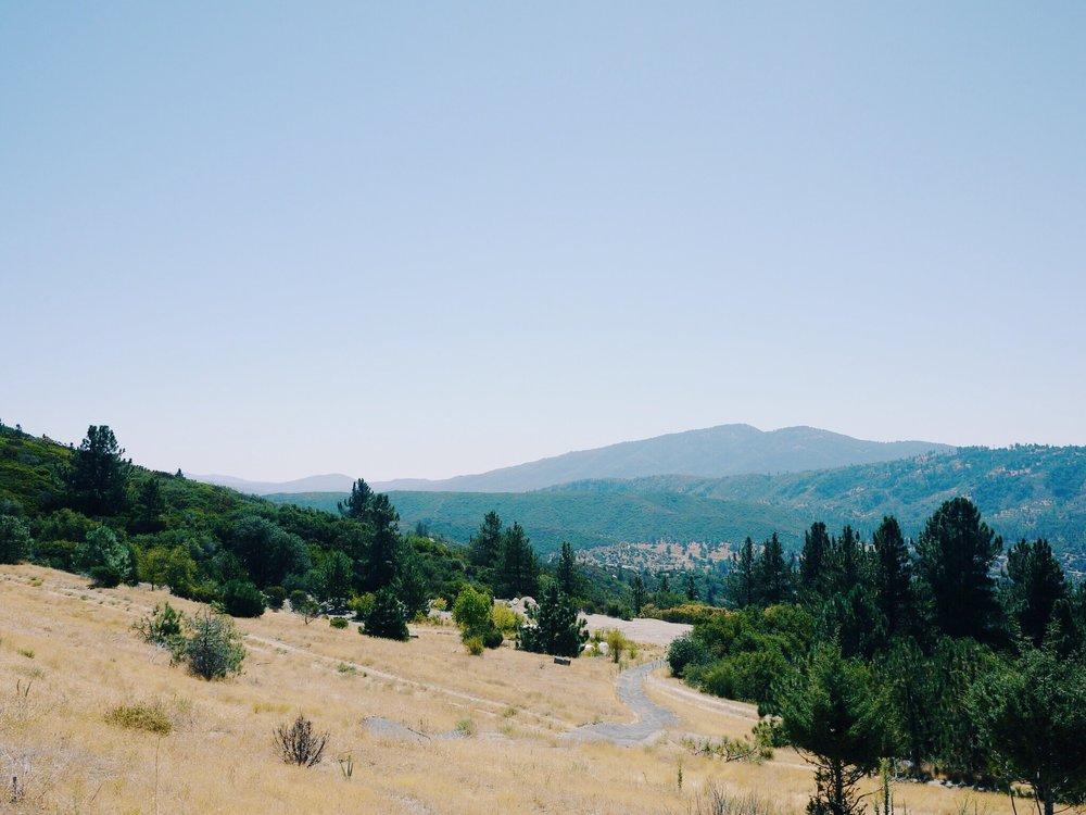 2011年高中畢業典禮隔天,搬家下山時拍的照片
