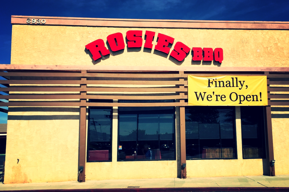 RosiesBBQNorthridge_ChannelLetters_PremiumSignSolutions